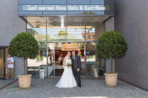 Anna und Karl - Hochzeit im PS-Speicher in Einbeck